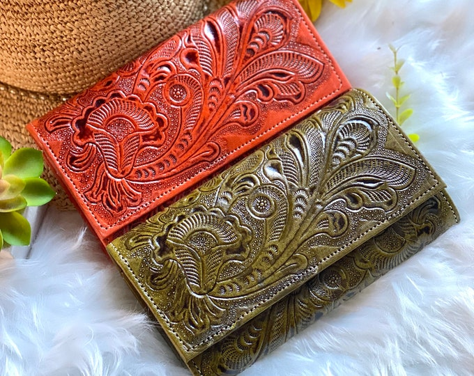 Handcrafted leather wallets for women -women's wallets - gifts for her - leather wallets women