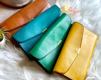 Handmade Leather woman wallet • woman wallet • Gifts for her