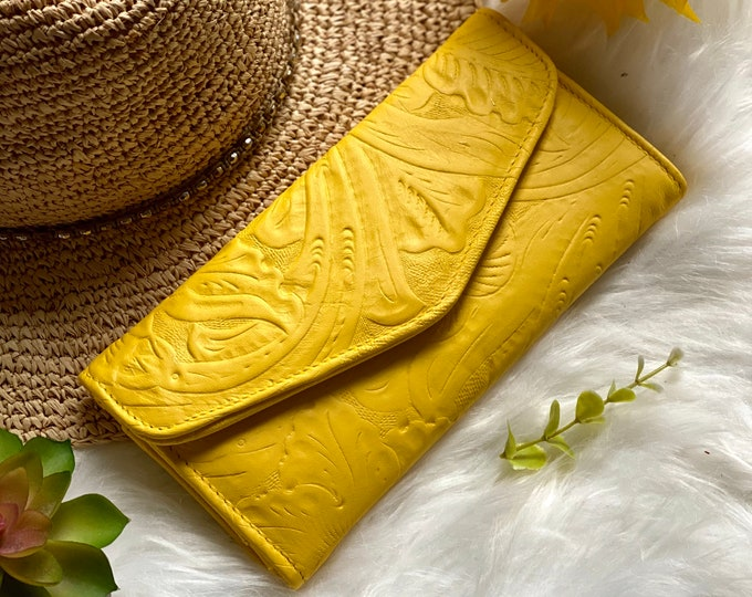 Handcrafted wallets for women - leather wallets - woman wallet - floral - gifts for her - Yellow wallets