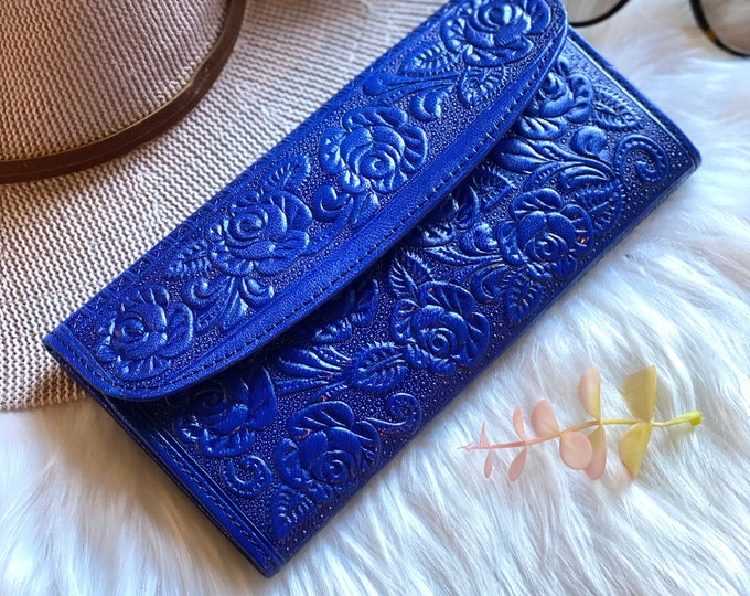 Handmade wallets for women - women's wallets - gifts for her - leather purse