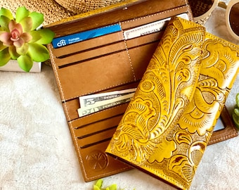 Handcrafted leather wallets for women - Women's wallet - leather wallet -  gifts for her - woman purse- handmade wallet