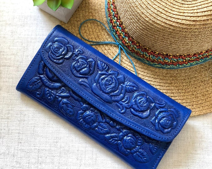 Sustainable authentic leather wallets for women • Tooled leather • Gifts for her