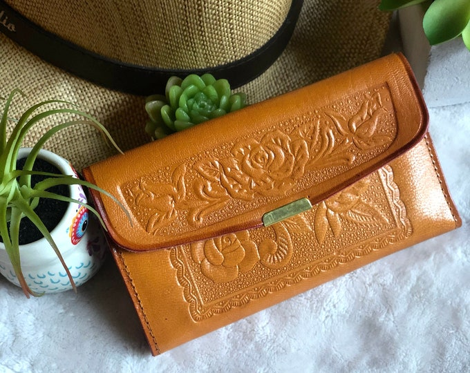 Birthday gift for women*Embossed Leather Wallet*Woman Leather Wallet*Small Leather Wallet*Credit Card Holder*cute leather wallet*