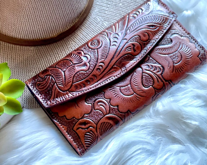 Handmade leather women's wallet-woman leather wallet -Gift for her