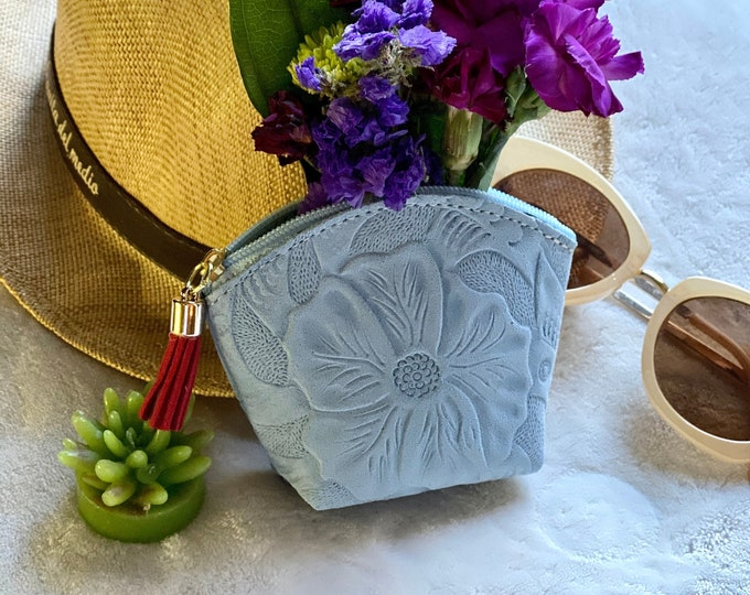 Bohemian leather pouch - Earphones pouch - woman leather coin purse- change purse - Embossed small bag