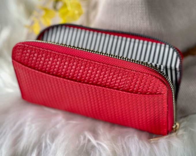 Handmade leather woman wallet • woman leather wallet • Gifts for her