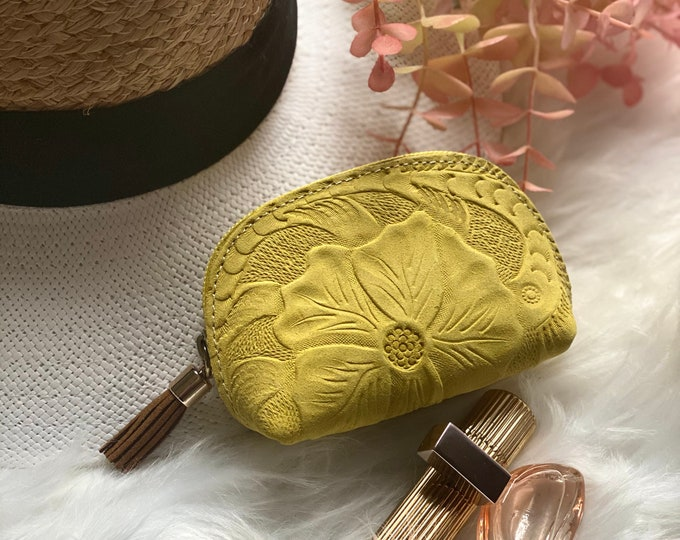 Small leather pouch- Cute floral pouch- Leather zippered pouch - Leather Small Bag- Cosmetic Bag- Small Makeup Bag- gifts for her