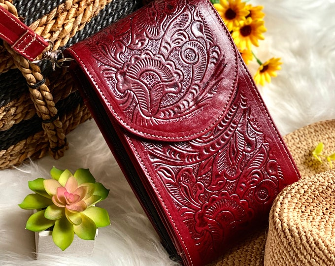 Burgundy Embossed leather bag - Crossbody purse - Bag - Purse - Western Crossbody -  Leather Crossbody bags -  Gifts for her