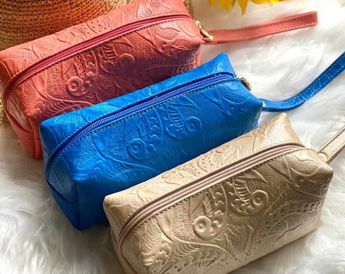 Leather Makeup Bag- Travel Bag- Handmade Leather bag -Gift for Girlfriend- Bohemian Makeup Bag- Cosmetic Bag