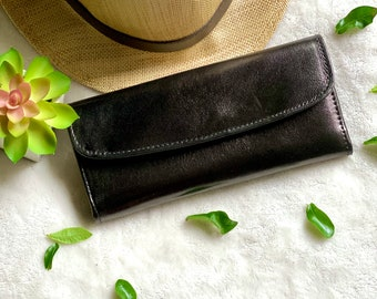 woman leather wallet /  Woman Leather wallet / Authentic Leather Wallet
