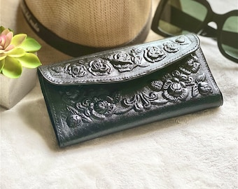 Roses leather woman wallet - wallets for woman - Handmade leather woman wallet- gifts for her- floral wallets