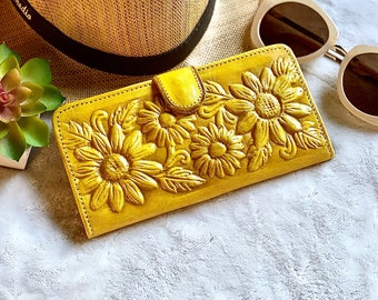 Flowers lovers handmade leather woman wallet - Sunflowers woman credit card wallet