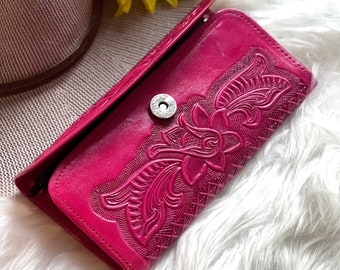 Personalized leather wallets• Gifts for woman• Credit cards wallets