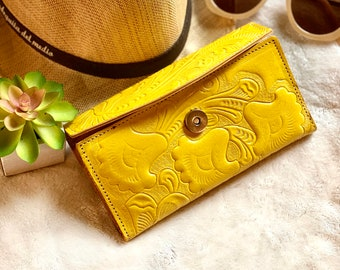 Lilies woman wallet leather - Handcrafted woman wallet -  Gift for her - Money wallet - Leather wallets for women -floral wallet
