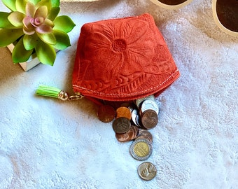 handmade coin purse - small leather pouch - hibiscus pouch - gift for her - leather gift - woman pouch