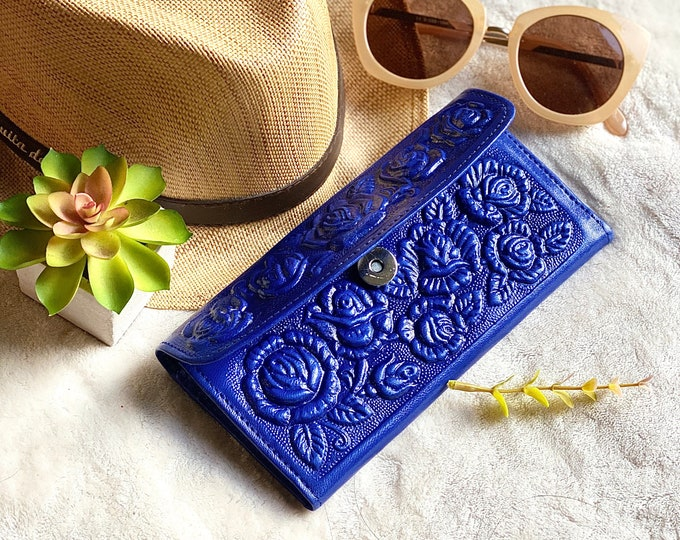 Tooled roses leather wallets for women- Bicolor leather wallets - wallets for ladies - gifts for her - money purse - long wallet