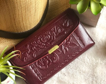 Handmade Leather Woman Wallet* Vintage Style Wallet*Gift for Women*Anniversary Gift*Embossed Leather*Girly Leather Wallet*Leather Card Case