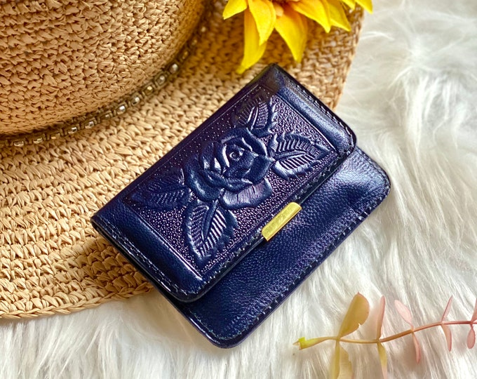 Small Leather Woman Wallet - Leather woman wallets - Wallets for women -  gift for woman