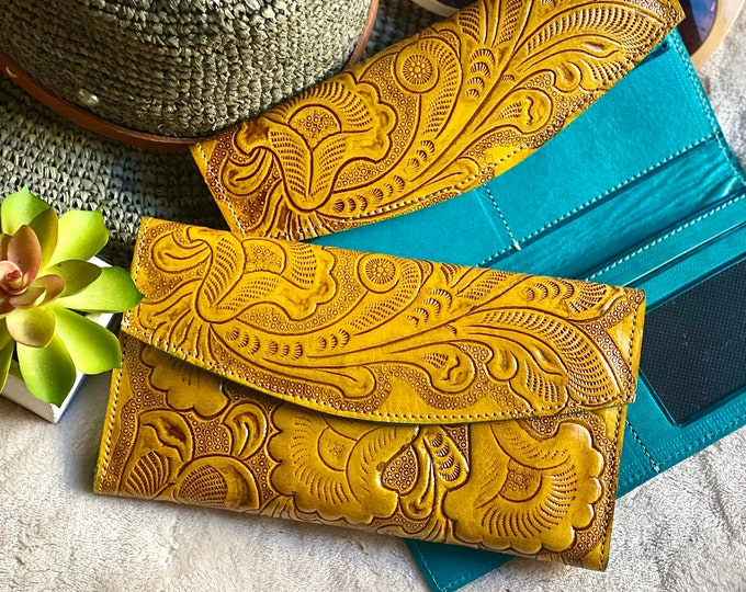 Double color carved  wallets for women - Aesthetic wallet -handmade wallet -yellow wallet- woman wallet-leather wallet -gift for her
