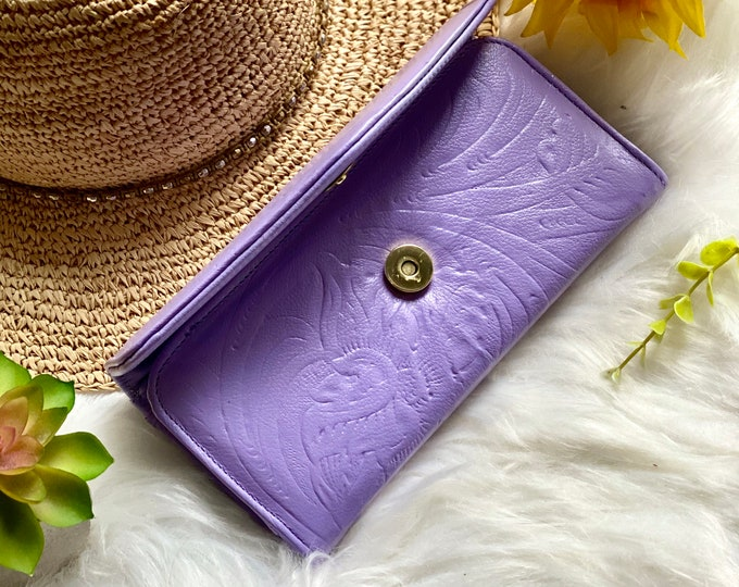 Handcrafted wallets for women - leather wallets - woman wallet - floral - gifts for her - Lavender wallets