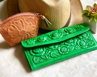 Handmade leather wallet for women and pouch - combo wallet and leather pouch - green wallet - bohemian pouch - gift for her