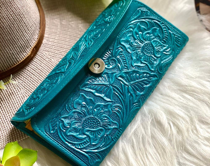 Lotus flowers carved leather wallets for women - woman purse - wallets for ladies- wallets for women - leather wallet - gifts for her