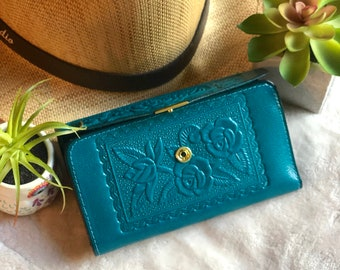 Embossed Handmade Leather Wallet with Roses*Credit Card Wallet*Woman Wallet*Birthday Gift for Women*Vintage Style*leather wallet pouch