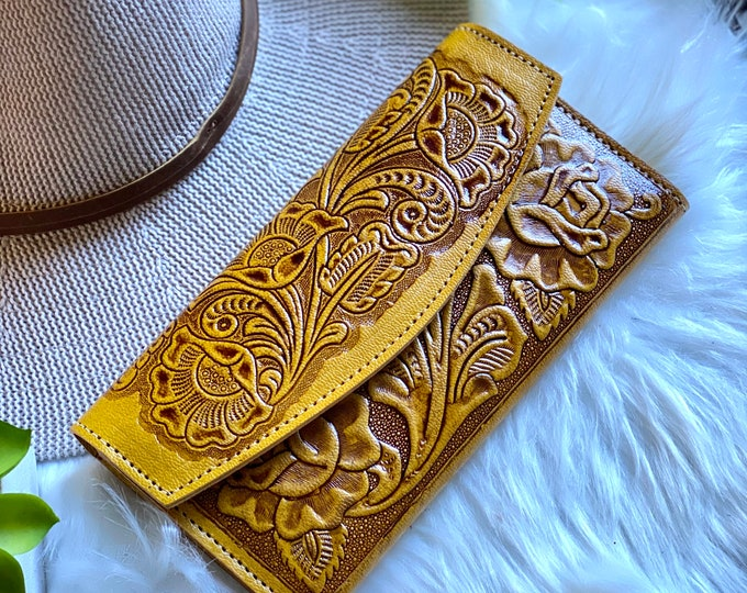 Wallets for Women- Girly wallet - Handmade leather wallet - gifts for her - roses wallet - wallet women leather- tooled wallet - Western