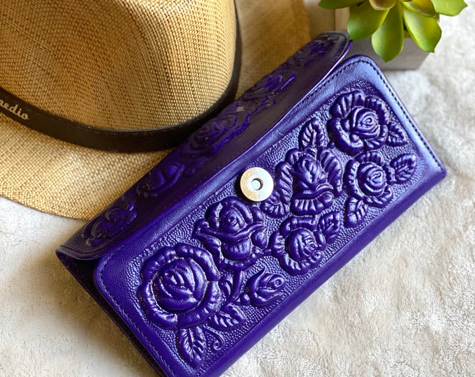 Handmade Roses leather wallets - woman wallet leather - gifts for her - gifts for mom -  Girly accessories- wallet woman - woman purse
