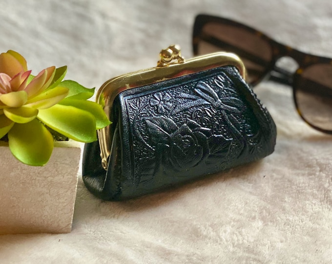Woman coin purse • Leather change purse • vintage style coin purse • gifts for her