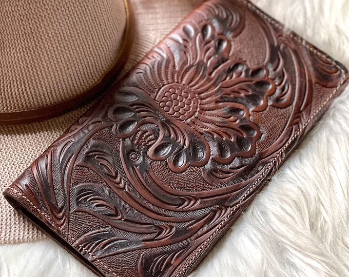 Personalized leather wallets for women-leather purse-gifts for her