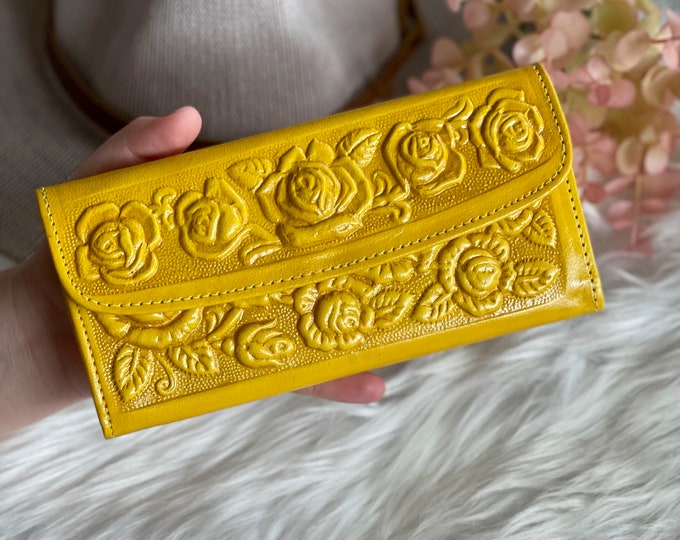 Handcrafted  vintage style authentic leather wallets for women • leather wallet women's • roses  floral • Gifts for her
