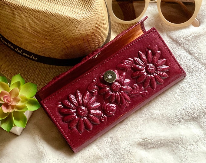 Flowers lovers handmade leather woman wallet - Sunflowers woman credit card wallet - sunflowers gifts - wallet woman leather
