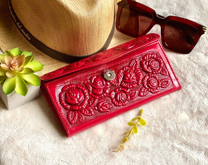 Wallets for her -Red Roses leather wallet- Handmade wallet leather -Wallets for Women- Gift for her - woman purse
