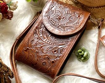 Brown Leather Crossbody - Handmade Leather Crossbody - Small Bag - Boho Crossbody Bag - Woman purse - women gifts- messenger bag - purse