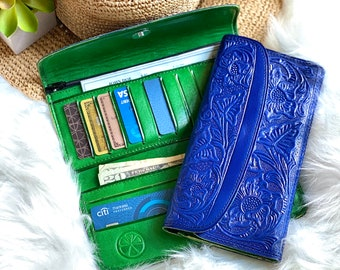 Cobalt Blue bicolor handmade Embossed lotus flowers wallets for women - Anniversary Gift - Leather wallets woman - handmade wallet