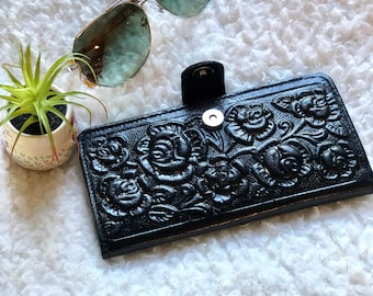 Leather Wallets for Women*Woman Bifold Wallet*Leather Wallet Woman*Birthday Gift for her*Women Wallet*Handmade*Embossed*Credit Card Wallet