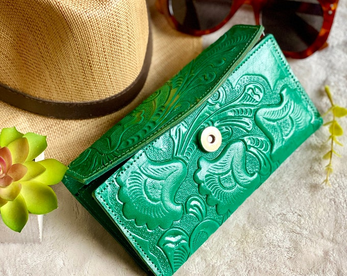 Handmade Green leather women's wallet card -woman wallet - floral wallet woman - Leather wallet women's best friend gift - gifts for her
