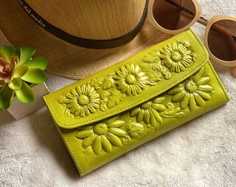 Leather women's wallet - Sunflowers wallet - Women Accessories - Christmas gift for sister