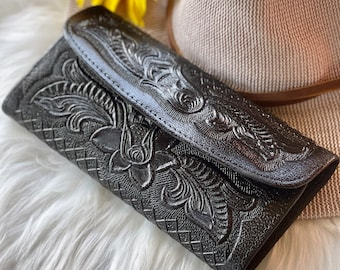 Handmade wallets for women • Gifts for woman • Leather wallets