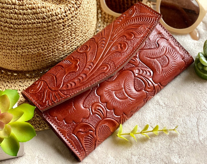 Featured listing image: Bicolor handcrafted wallets for women -leather wallet - wallet women- leather wallets - gifts for her - wallet women leather -womens wallet