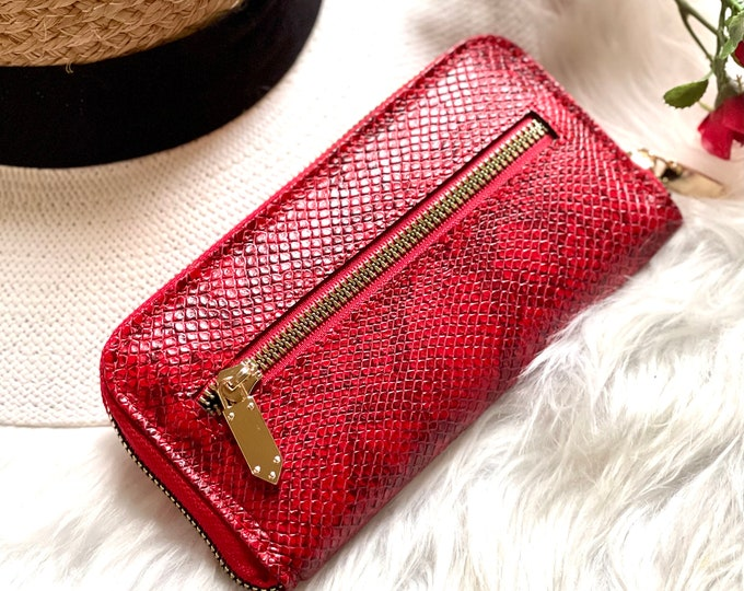 Embossed women's leather wallet • wallets for women • gifts for her