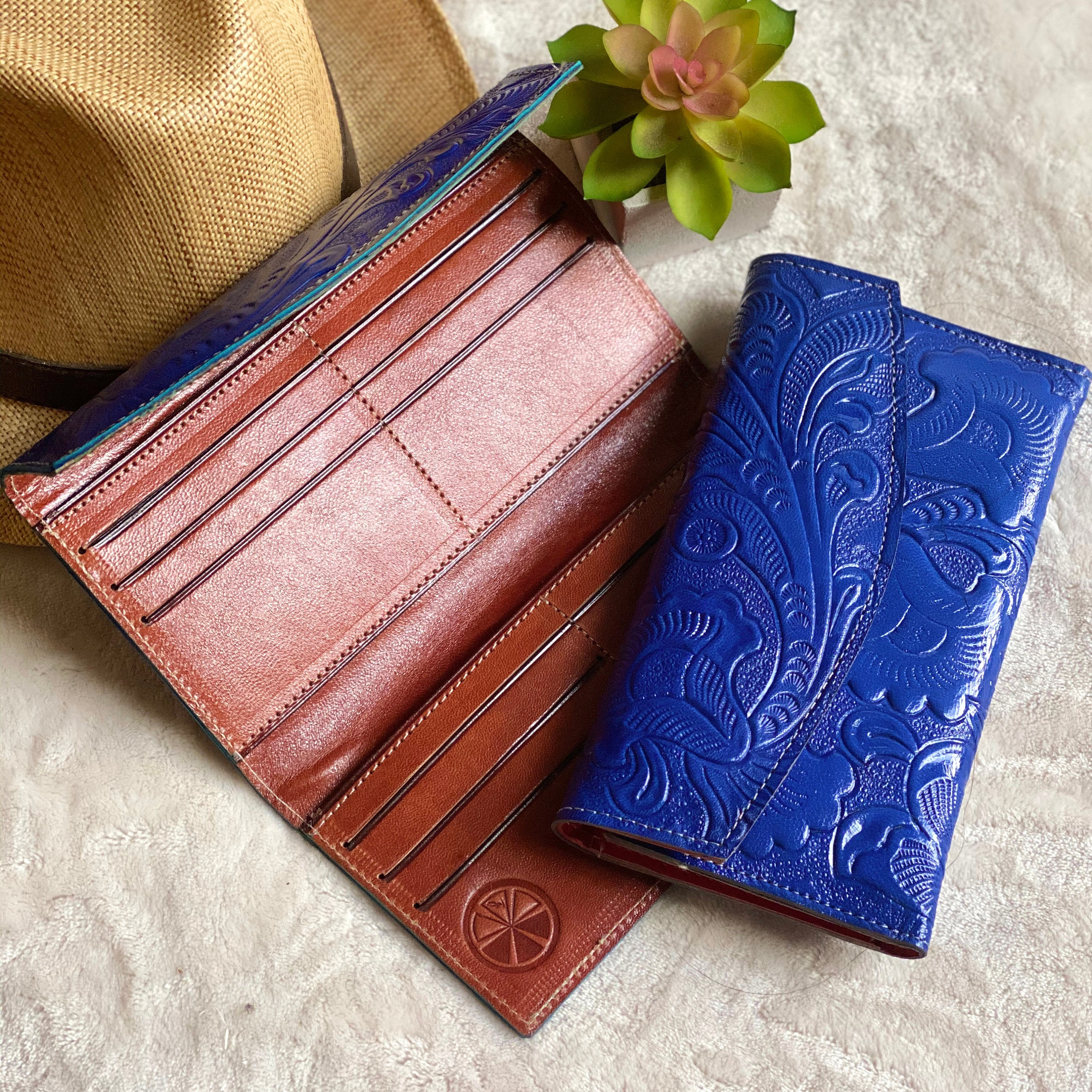 handmade carved leather woman wallet leather wallet gift