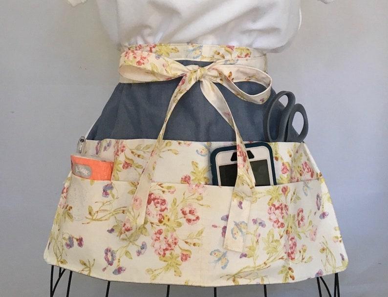 Teacher apron  Teacher apron with pockets  Preschool apron  image 0