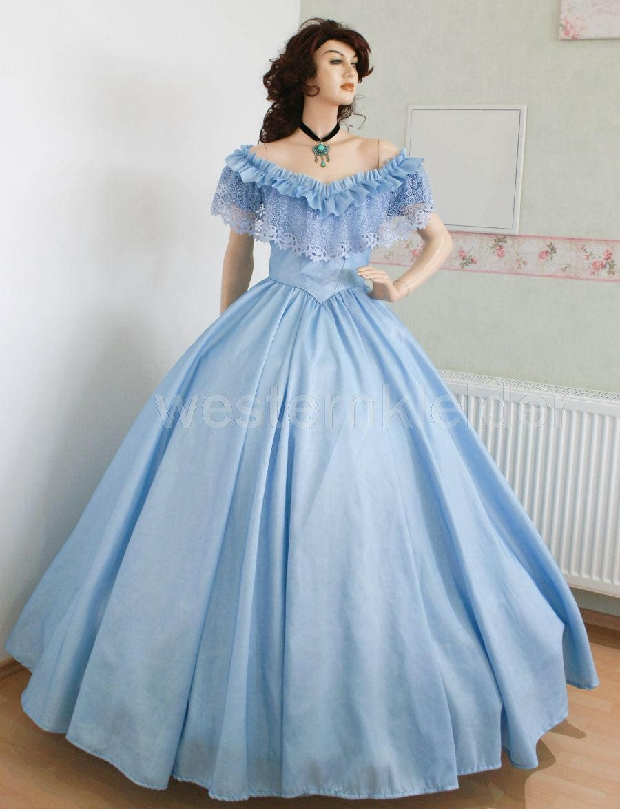 Civil war gown crinoline dress southern Belle Halloween ball
