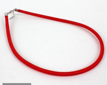 Choker - necklace red silk with 48 cm long brass chain and clasp