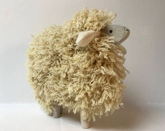 Wooden sheep and genuine natural wool
