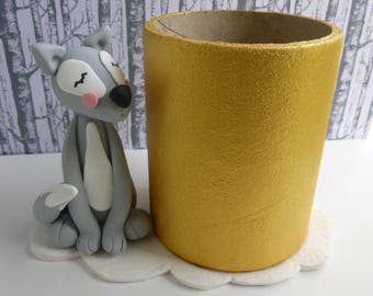 Grey Fox pencil holder