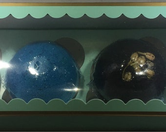 Large and Small Bath Bomb Gift Set