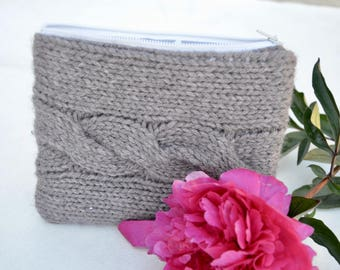 cable knit and fabric pouch